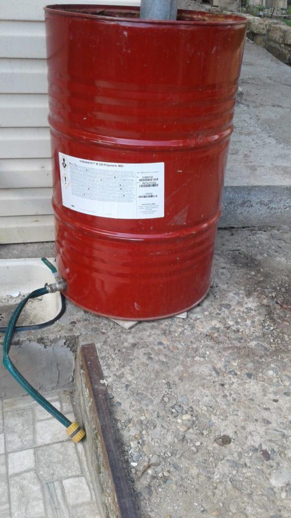 Собираем дождевую воду на доме и даче из хлама